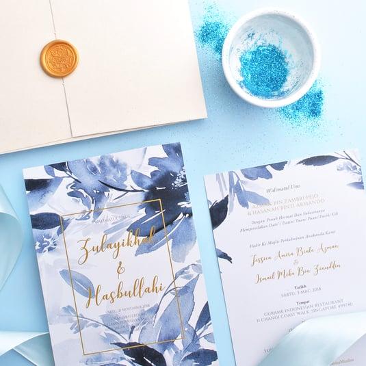 Card-with-bluedust